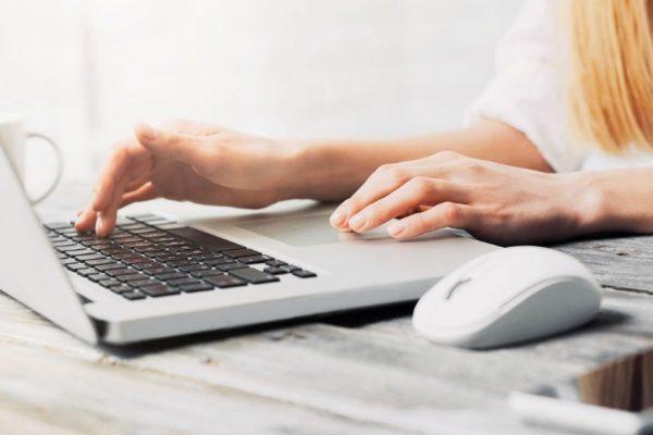 Télétravail partiel: faut-il investir dans un ordinateur portable puissant?