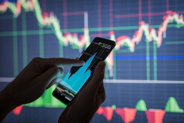 Trading en ligne : faut-il utiliser des signaux de trading ?